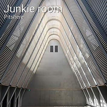 Junkie Room