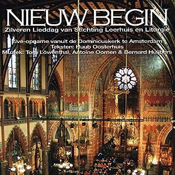 Nieuw Begin (feat. Het koor Van De Amsterdamse Studentenekklesia)