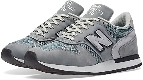 New Balance M770 Made in England Mid-gris Trainers
