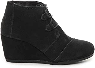 3bbb9a6ed2d5 Amazon.com  TOMS - Boots   Shoes  Clothing