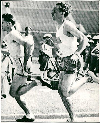 Fotomax Vintage Photo of Telegram Picture. G&er Hägg Runs About Dodds