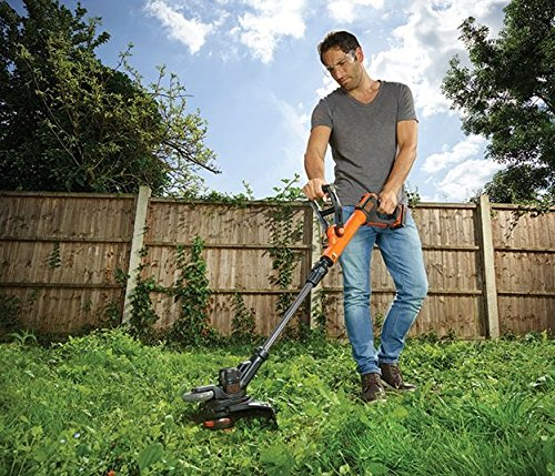 BLACK+DECKER 18V Cordless 28 cm String Grass Trimmer 2.0Ah Lithium Ion Battery