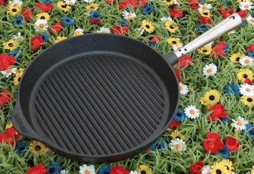 Grillpfanne 28 cm. Edelstahlgriff. Auf allen Herdarten, Ofen, Grill & offenem Feuer einsetzbar