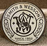 AMELIA SHARPE Metal Tin Sign Smith & Wesson Decoration Sign Restaurant Store bar Family cave Diameter: 30cm Wall Decoration