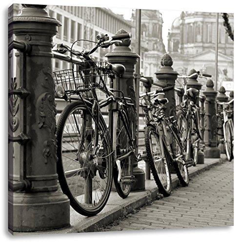 Fiets in AmsterdamCanvas Foto Plein | Maat: 40x40 cm | Wanddecoraties | Kunstdruk | Volledig gemonteerd