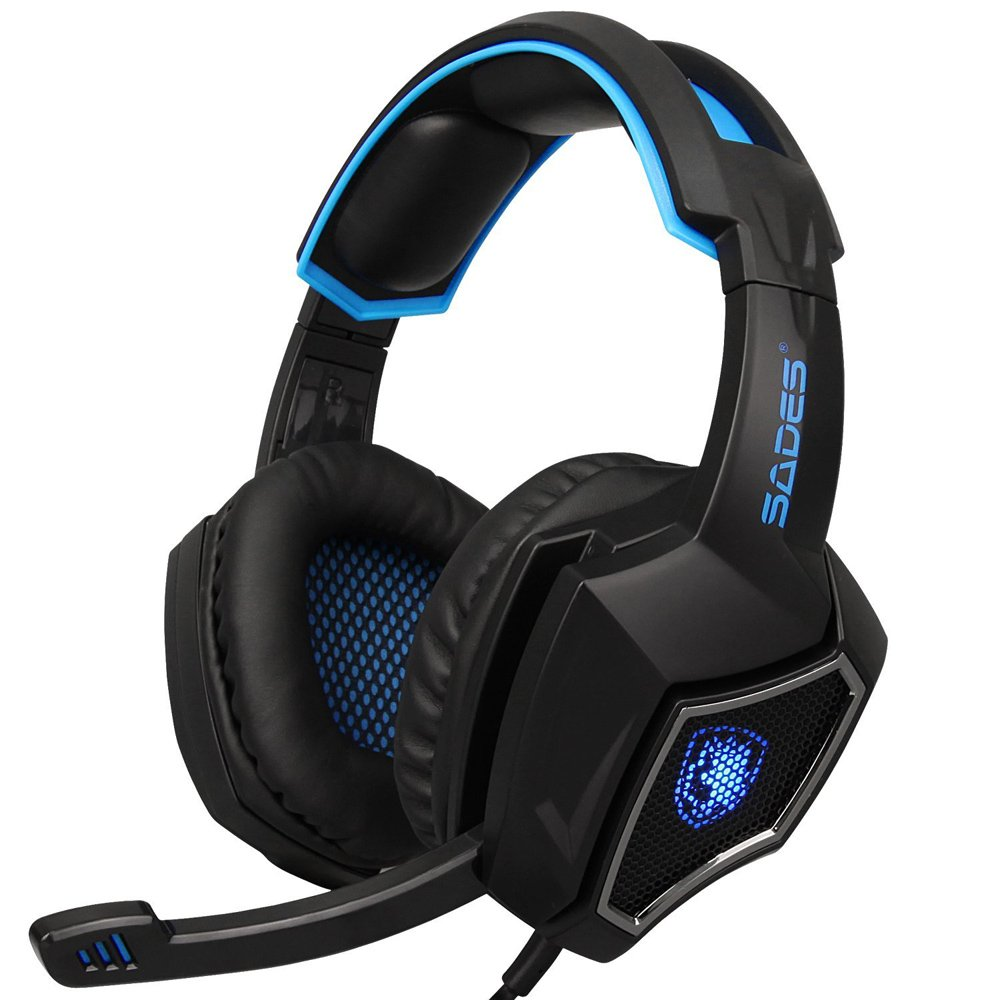 Docooler 3.5mm Wired Gaming Headset On