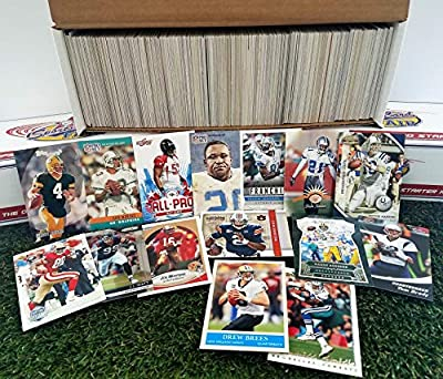 600 card Jumbo lot of Football cards Starter kit with Guaranteed Superstars -1970's to present. Comes in Custom Souvenir Box- Great gift for the 1st time collectors! THANK YOU OVER 9,000 SOLD by 3bros
