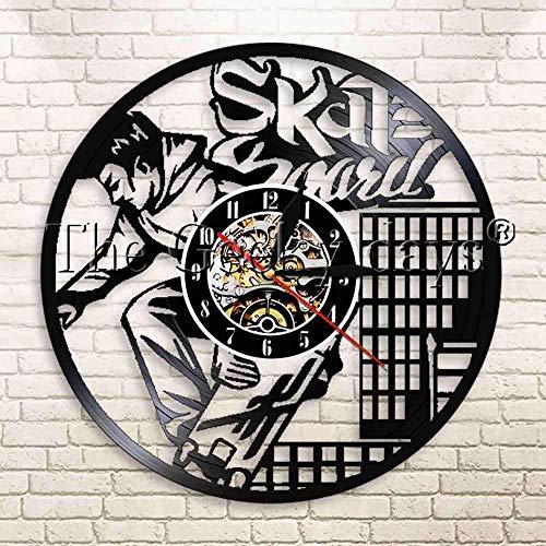 Jiedoud Skateboard Boy Vinyl Schallplatte Wanduhr Eiskunstlauf Boy Extremsport Hochhaus Hochhaus Home Decoration Moderne WanduhrNo Led