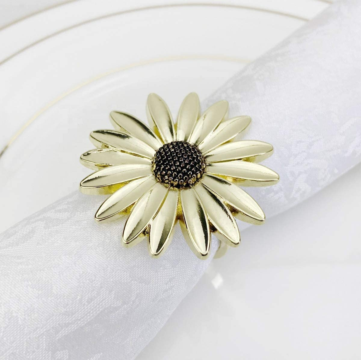 Fennco Styles Contemporary Mail order cheap Sunflower Metal Rings Napkin Set Max 88% OFF of