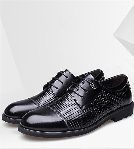 Une affaire d'hommes de chaussures en cuir, british creux, des chaussures en cuir,noir évidé,quarante - deux
