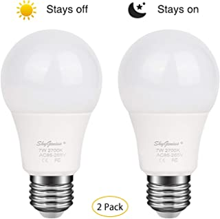 Dusk to Dawn LED Light Bulb 7W E26/E27 2700k Warm White, Sensor Light Bulb with Photo Sensor, Automatic On & Off for Outdoor Front Back Porch, Yard, Patio, Garage, Garden Security Lighting(2 Pack)
