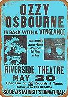 Ozy Osbourne in Milwaukee ティンサイン ポスター ン サイン プレート ブリキ看板 ホーム バーために
