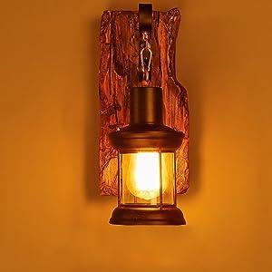 JiaYouJia Rétro Industriel Applique Murale Lampe de Mur Style Cottage Plaque Arrière en Bois Vieilli Lanterne en Métal et Verre Déco pour Café / Bar / Salon / Cuisine / Salle à Manger / Porche