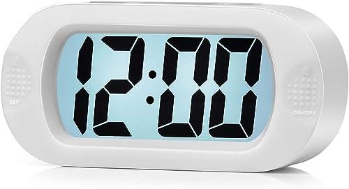 Plumeet Réveil électronique, Alarm Réveil Matin avec Grand écran LCD, Fonction Snooze, avec Veilleuse, Alimenté par B...