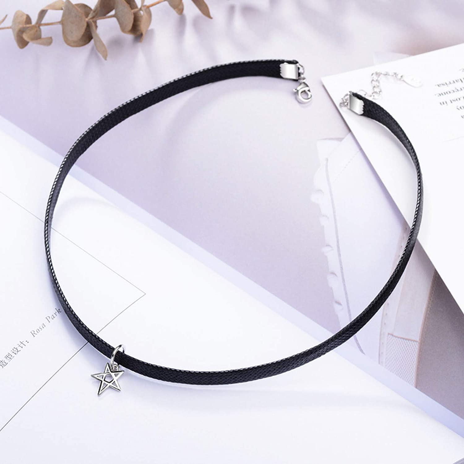 N/A Necklace Pendant Female Five-Pointed Star Black Rope Collar Necklace Clavicle Chain Simple and Versatile Neckband Christmas Birthday Party Gifts