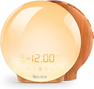 COULAX Réveil lumineux avec fonction Snooze - Radio FM - Avec 2 heures de réveil - 7 sons naturels et aspect bois - Pour a...