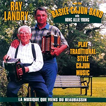 Play Traditional Cajun Music: La Musique Que Viens Du Beaubassin