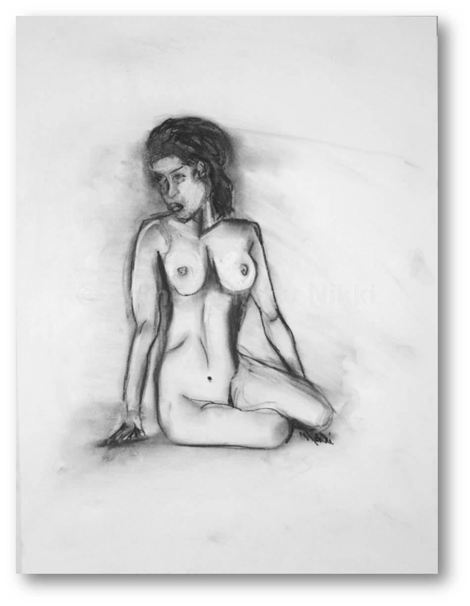 Drawing nude woman