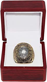 GREEN BAY PACKERS (Bart Starr) 1966 SUPER BOWL I WORLD CHAMPIONS (Playing Vs. Chiefs) Vintage Rare Collectible High-Quality Replica NFL Football Gold Championship Ring with Cherrywood Display Box