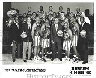 Historic Images - 1997 Press Photo Harlem Globetrotters Basketball Team