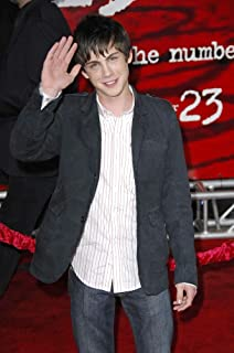 Posterazzi Poster Print Logan Lerman at Arrivals for The Number 23 Premiere The Orpheum Theater Los Angeles Ca February 13 2007. Photo by Michael GermanaEverett Collection Celebrity (16 x 20)