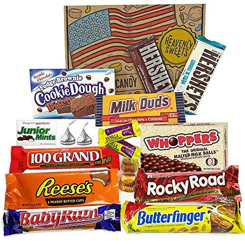Heavenly Sweets Cesto di Snack al Cioccolato Assortiti - Classici Dolci Americani Misti, Regalo Ideale per Bambini e Adulti - Per Feste di Compleanno, Natale - 17 Dolcetti, Confezione da 28x19x4cm