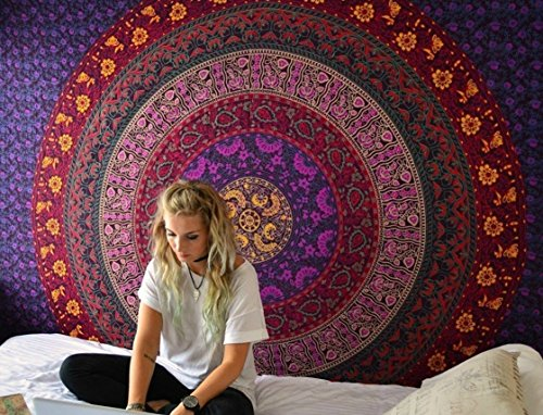 Purple Mandala Tapestry Wall hanging Hippie Tapestry Bohemian Tapestries Psychedelic Tapestry Blanket Bedding Bedspread Dorm Tapestry Bedding (Queen (84 X 85 inches Approx)(214 X 226 cms), Purple)
