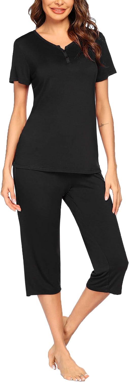 Ekouaer Womens Pajamas Set Short Sleeve Top with Capri Pants Casual and Fun Prints Sleepwear Pjs Loungewear Sets S-XXL