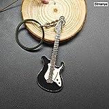 SHUIGE Nuevos Dados Llavero Metal Personalidad Dados Poker Guitarra De Fútbol Modelo Aleación Llavero Regalo Llavero del Coche 2PCS /Estilo 1