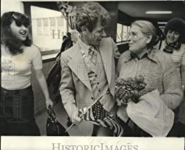 Historic Images - 1976 Press Photo Malka Nemirovsky, 70, Arrives in New Orleans to Join Son Igor