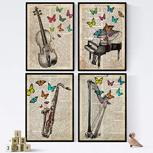 Pakket vintage vier bladen piano, harp, viool en definities Saksische muziek, emoties, communicatie, vreugde. A4 - ingelijst. 250 gr
