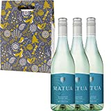 Matua Valley Sauvignon Blanc New Zealand White Wine in Xmas Gift Box With Handcrafted Gifts2Drink Tag