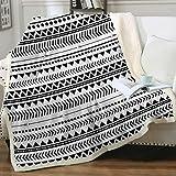 Sleepwish Aztec Throw Blanket Black White Triangle Blanket Tribal Geometric Fleece Sherpa Throw Blanket for Couch Bed Sofa (50 x 60 Inch)