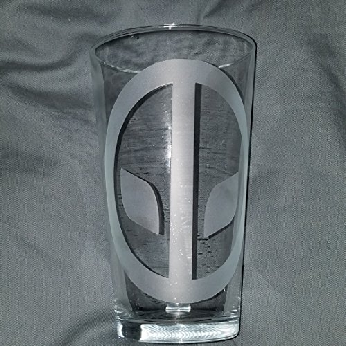 Deadpool fans here you go! a set of 2- 16 oz Etched Pint glass with Deadpool's logo