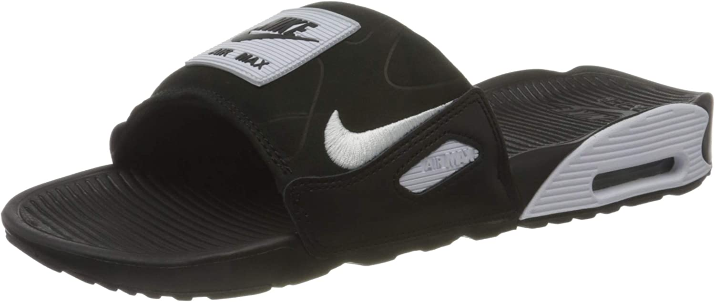 プレゼント Nike Men's Training Sneaker 買収
