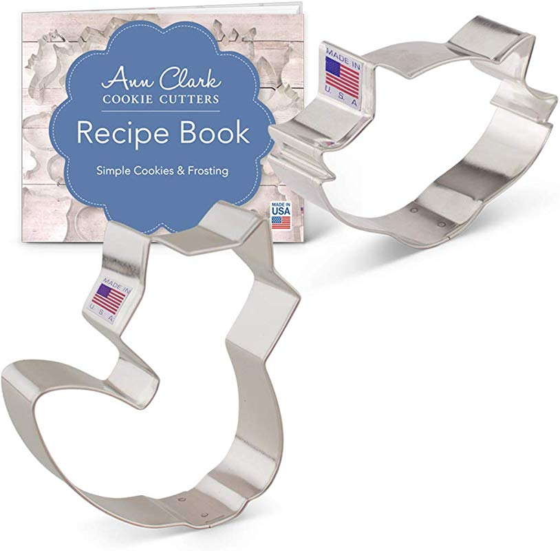 Ann Clark Cookie Cutters 2 Piece Fox And Raccoon Cookie Cutter Set With Recipe Booklet List Shapes Cute Fox And Raccoon Face