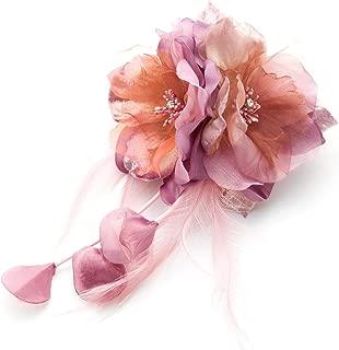 [ミッシュキッシュ]コサージュ ブローチ 日本製 羽根と花びらゆれるふんわりコサージュ 90688
