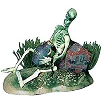 Penn Plax Aerating Action Ornament, Pirate Skeleton – Lifts Rum Jug Up and Down