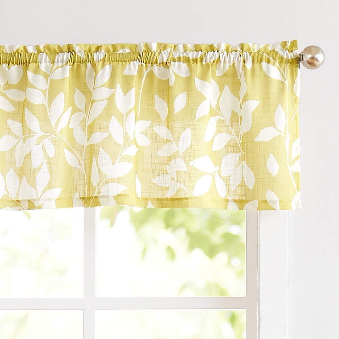 Amazon Com Treatmentex Valance Curtain For Window 15 Leaf Print Kitchen Valances Mustard Yellow And White 52 W 1 Panel Home Kitchen