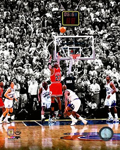 The Poster Corp Michael Jordan 1998 NBA Finals Game Winning Shot Photo Print (40,64 x 50,80 cm)