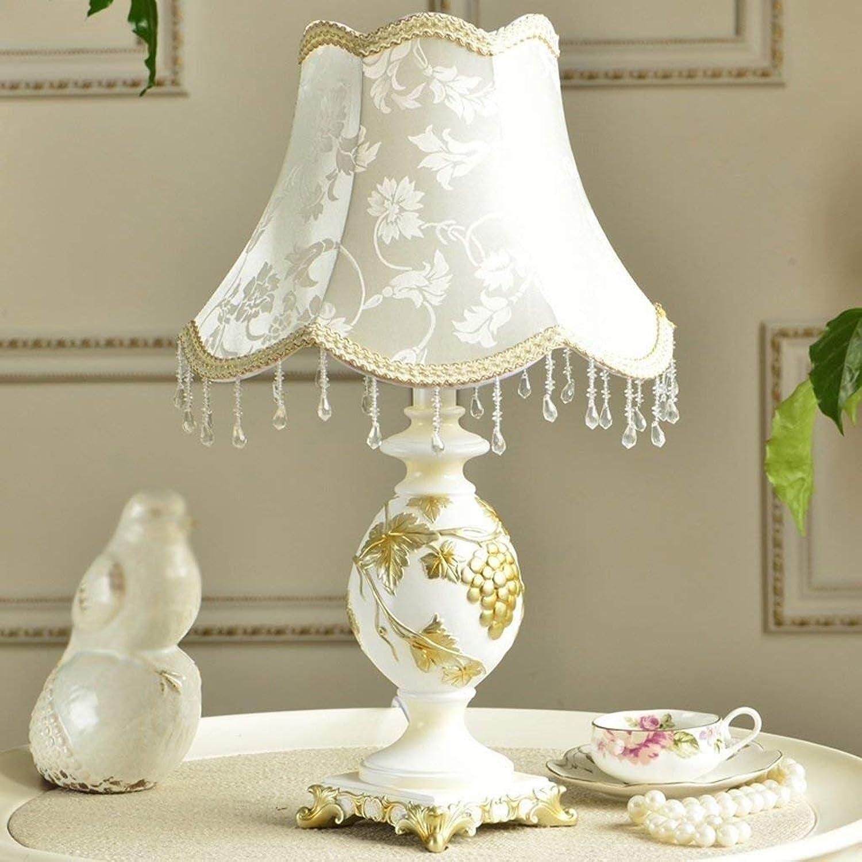 YHUJH Home Studieren Sie die Wedding Warm Warm Warm Table Lamp European Garden Bedroom Bedside B07PW6TN41       Kunde zuerst  32a7b6