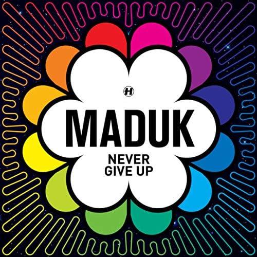 Maduk