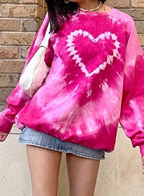Comulish Womens Tie Dye Long Sleeve Sweatshirt Loose Crewneck Pink Heart Print Y2K Pullover Tops
