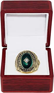 GREEN BAY PACKERS (Paul Hornung) 1961 WORLD CHAMPIONS (Playing Vs. New York Giants) Vintage Rare Collectible High-Quality Replica NFL Football Gold Championship Ring with Cherrywood Display Box