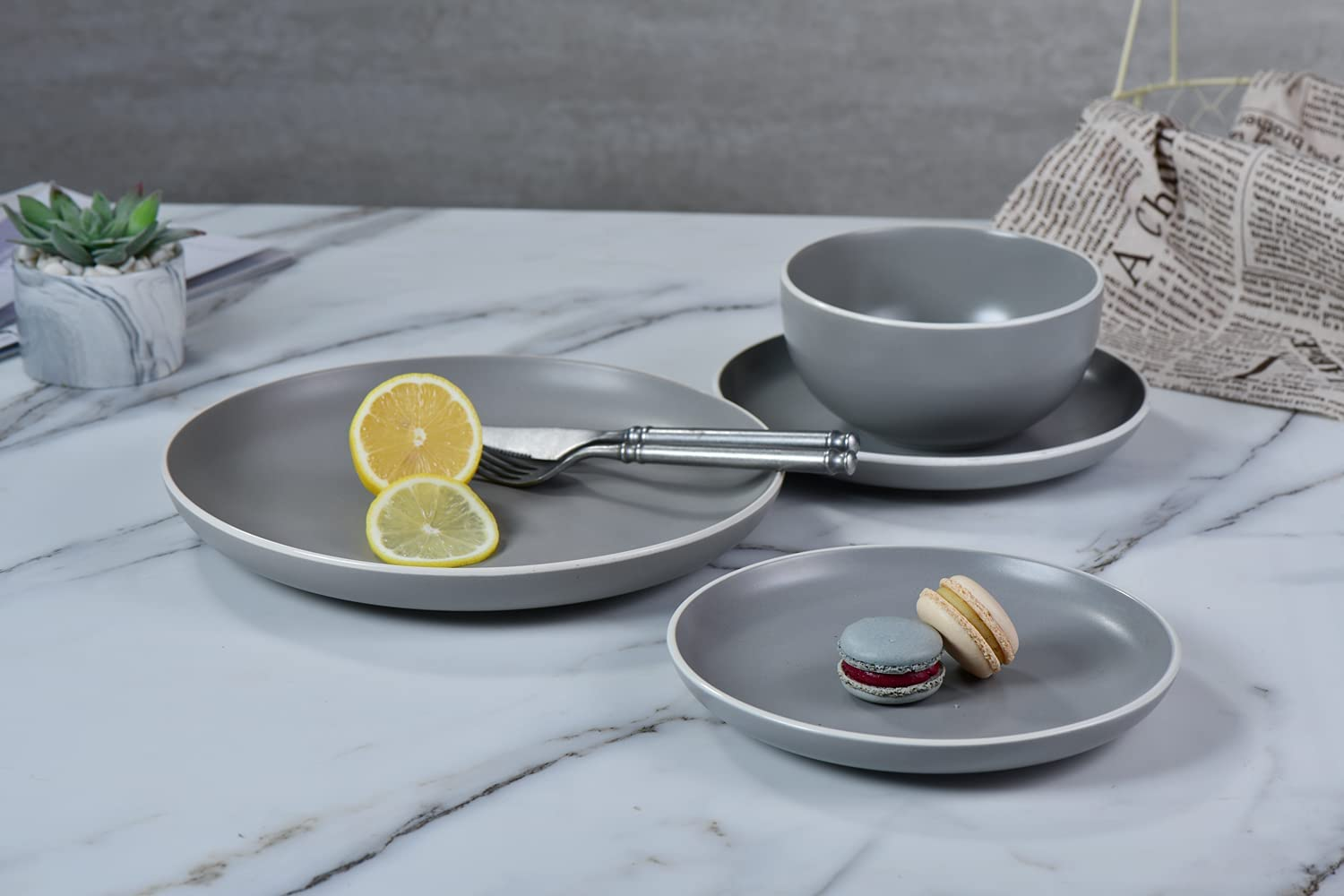 Famiware Macaron Dinnerware Set, 16 Piece Dishes Plates and Gray Matte
