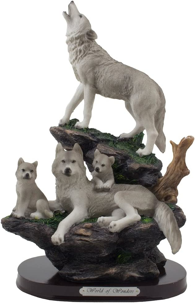 Howling Wolf and Weekly update Family on a Decorative for an Statue Lodge Rock Max 44% OFF