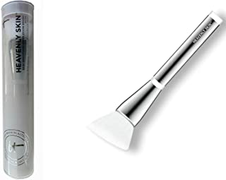 it Cosmetics Heavenly Skin Skin-Smoothing Complexion Brush No 704