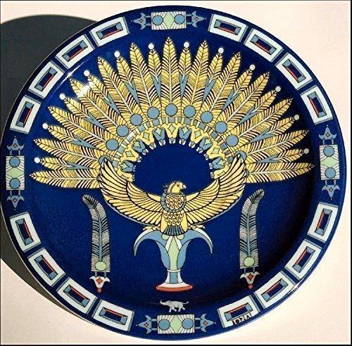 HORUS (Grundfarbe dunkelblau) Pfau BOPLA Porzellan Unterteller 16cm aus der Serie Fortuna zu allen BOPLA Kaffee- oder Tee- Tassen 0,18l und zum Becher / MUG / Maxitasse 0,30l) auch MINI TELLER für alles Kleine und Feine - MINI ASSIETE - MINI PIATTO - MINI PLATE, SAUCER - MINI PLATO - 16 cm, 6-1/4 in. mircowellengeeignet, kältebeständig, ofenfest, spülmaschinenfest, gastronomiebewährtes Hartporzellan Schweizer Qualität. Einzelgewicht: 210g