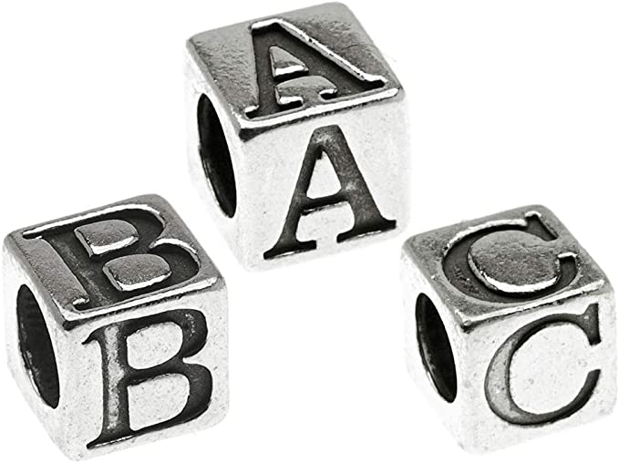 50pcs of Flat Round Alphabet Letter Q Acrylic Spacer Beads Silver Tone