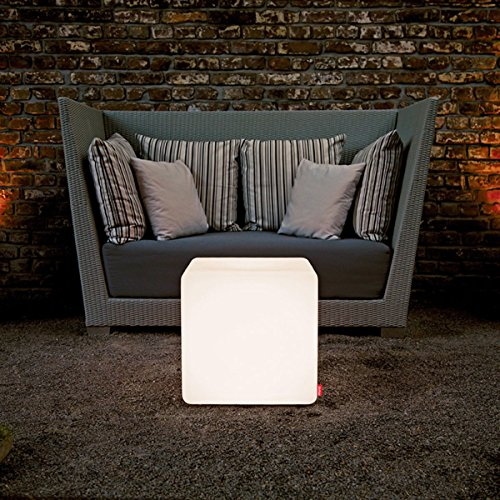 EEC A++, Moree Table d'appoint Cube Outdoor - Avec éclairage
